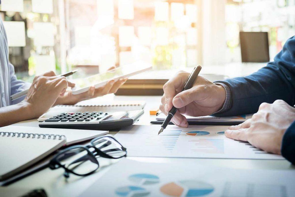 accounting-at-desk